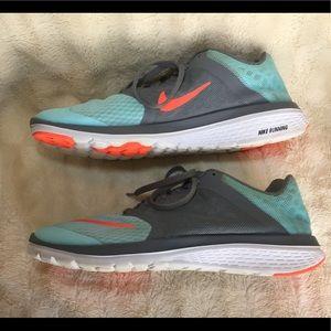 Nike Shoes - NIKE FS LITE RUN 3 Running Shoes